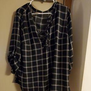 Black blose 3/4 length sleeves